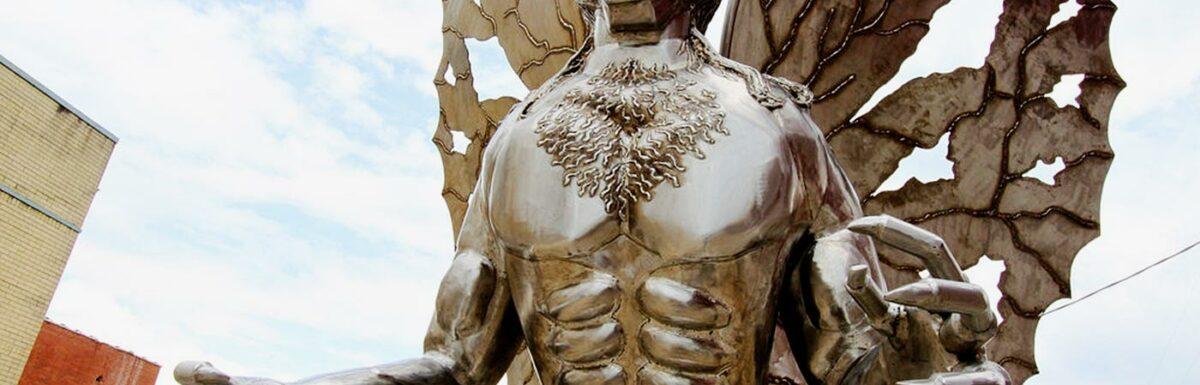 Photo of mothman statue