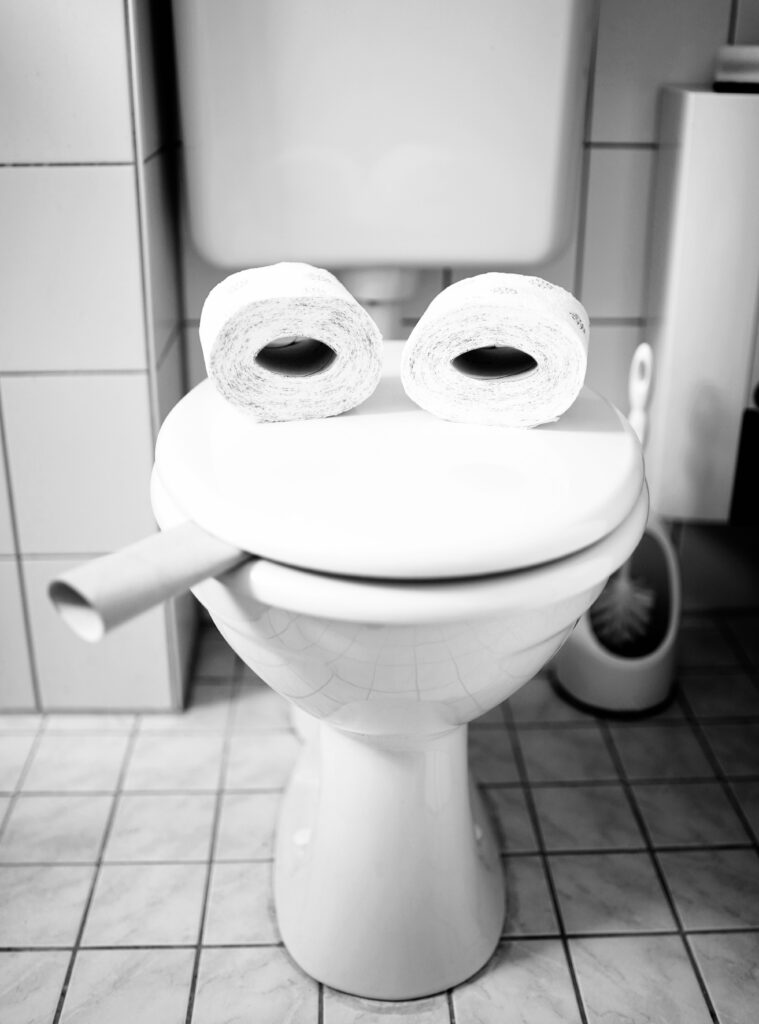 A toilet that looks like it has a face, lolol